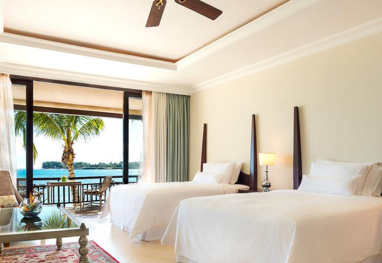 3216-Beachfront-Deluxe-Room-Twin-1600-x-900