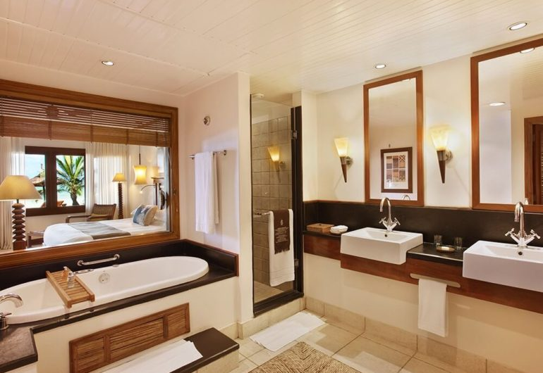 heritage-awali-suite-bathroom_1