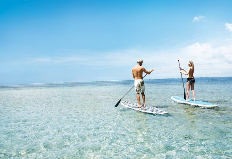 stand-up-paddle-things-to-do-mauriius-for-couples_0