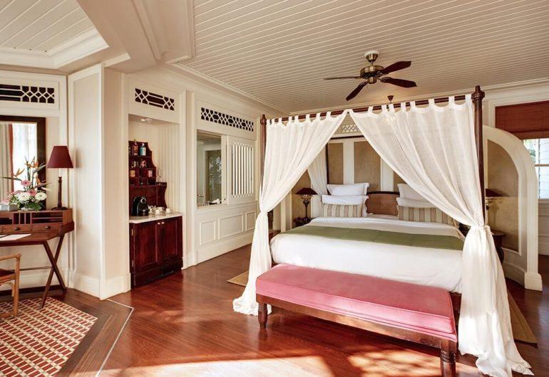 junior-suite-beach-view-heritage-le-telfair_0