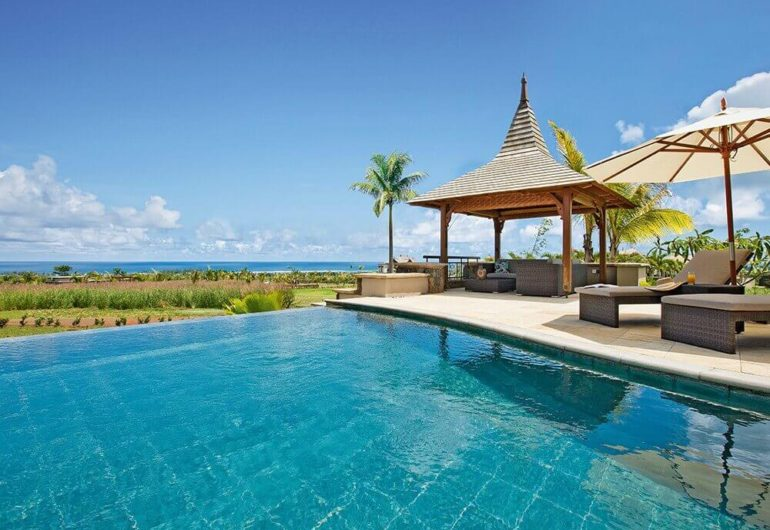 private-villas-with-sea-view-to-rent-mauritius_0