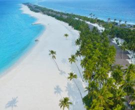 BEACH-STRETCH-ISLAND-TO-TIP