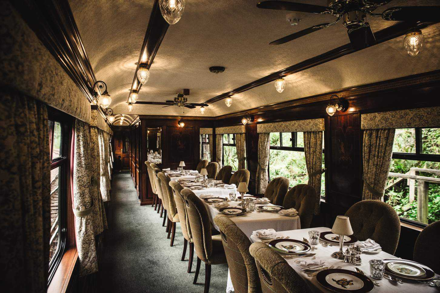 Belmond-Royal-Scotsman-April-May-2019-Dining-Car