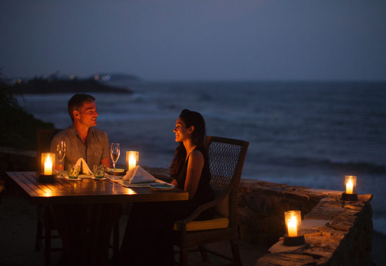 1332x867_cliff-lookout-dinner